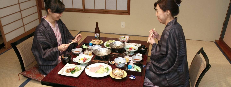 Essen Knigge Japan