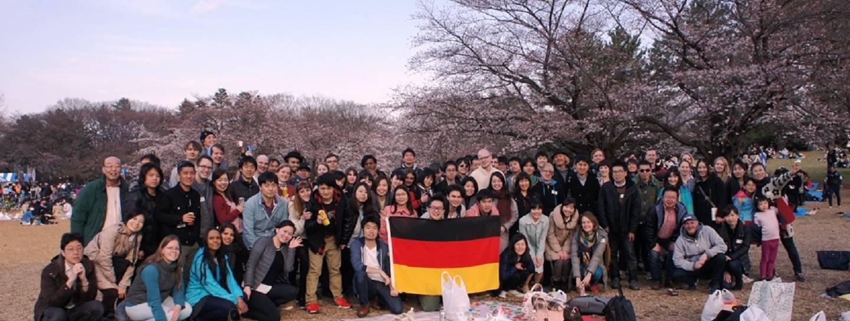 Japanisch-Deutsche Gesellschaft Tokyo Hanami Japaner treffen kennenlernen