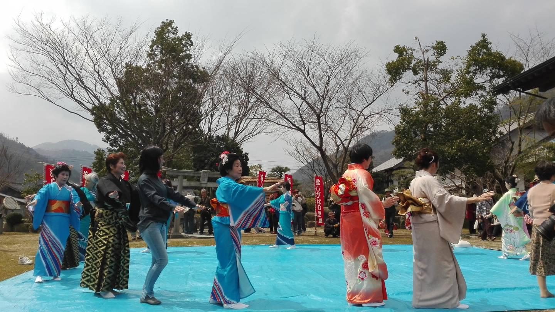 Nagashibina Matsuri Japan Puppen Hinamatsuri Tottori Mochigase
