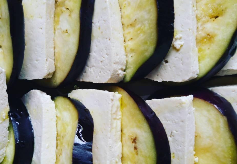 Aubergine mit Misonaise
