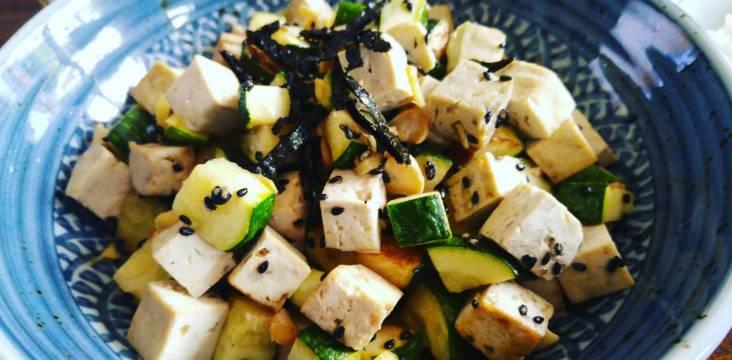 Tofu-Zucchini-Pfanne
