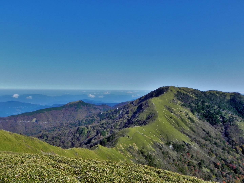 Berg Tsurugi und Berg Jirogyu