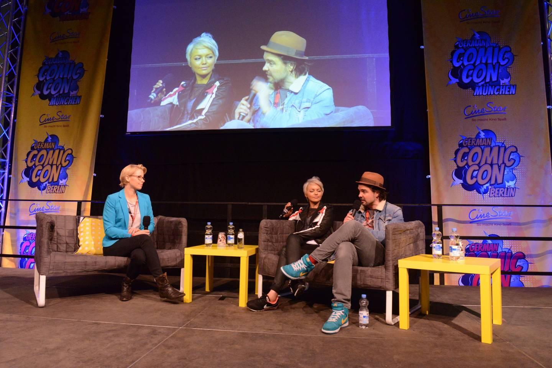 """Stars von """"Primeval"""" bei einem Panel auf der German Comic Con"""