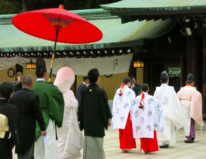Viele lassen sich im Buddhistischen Tempel trauen.