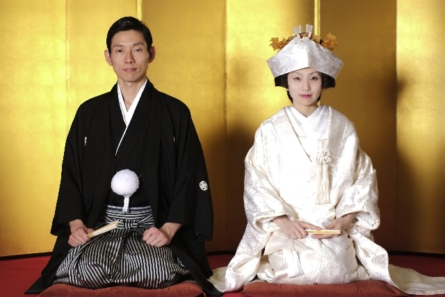 Japanische Hochzeit im Shintō-Stil.