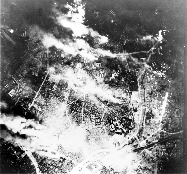 Feuerbombenangriff auf Tōkyō (1945)