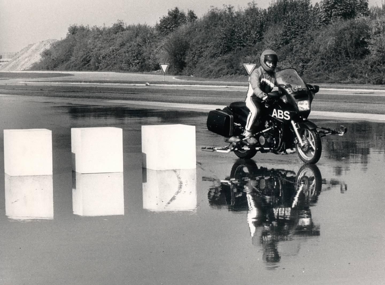 Erprobung eines Motorrad-ABS