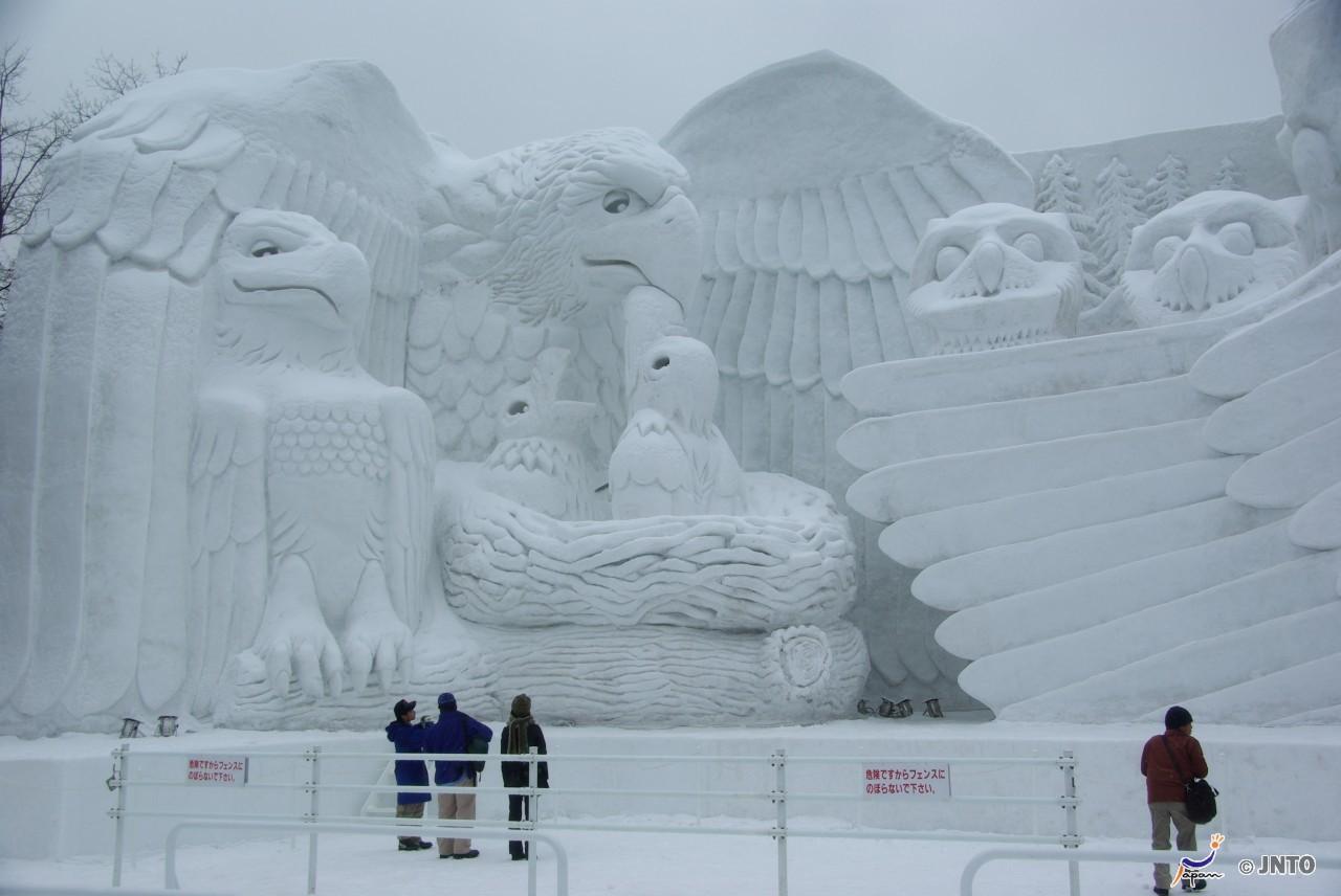 Schneeskulpturen beim Schneefest (yuki matsuri) in Sapporo