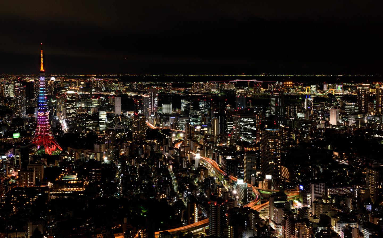 aussicht über tokyo von den roppongi hills bei nacht