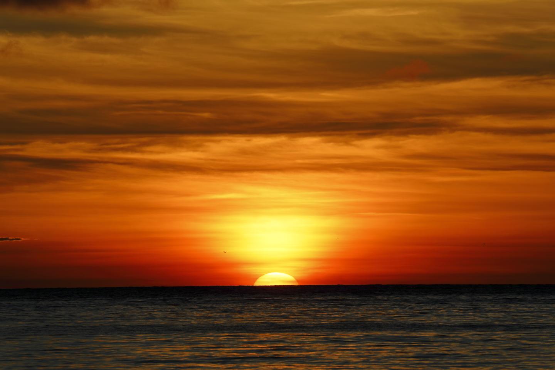 Abendsonne über der Küste Hoshizuna auf Iriomote-jima.