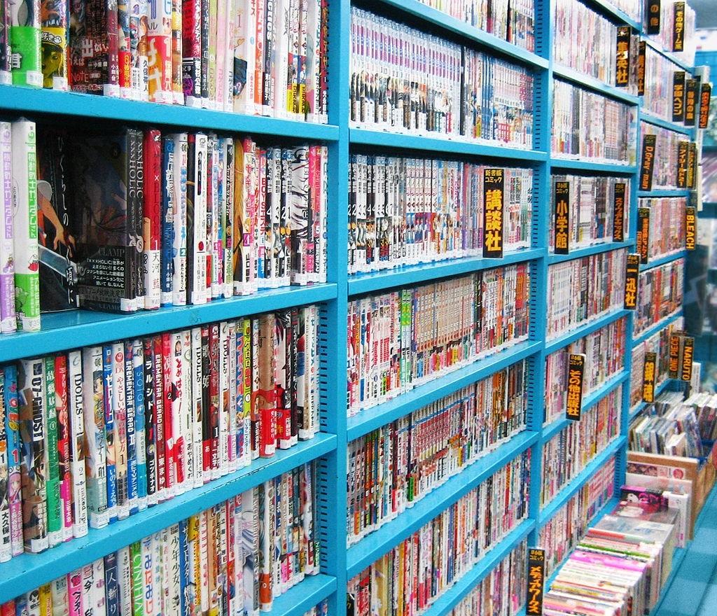 Bücherregal mit Mangas