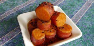 Gekochte Süßkartoffeln in herzhaft-süßer Sauce