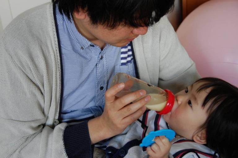 ikumen: Vater mit Baby