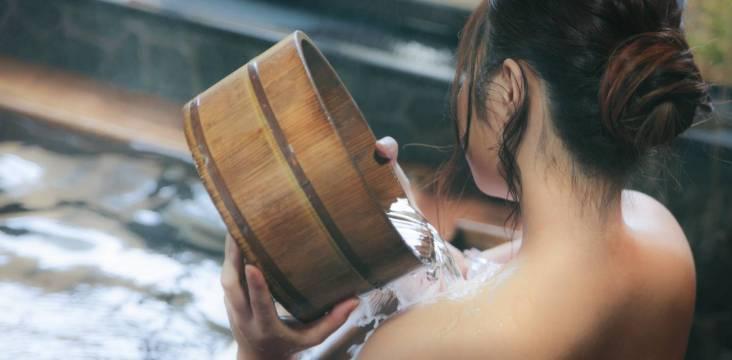 Onsen-Etikette: Waschen vor dem Baden