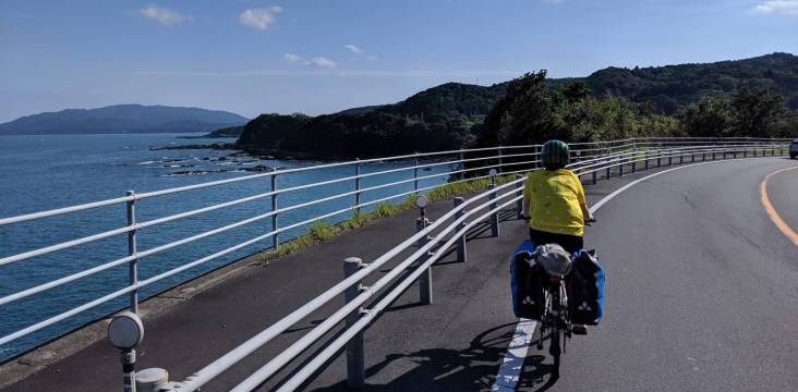 Radfahrerin auf Shikoku