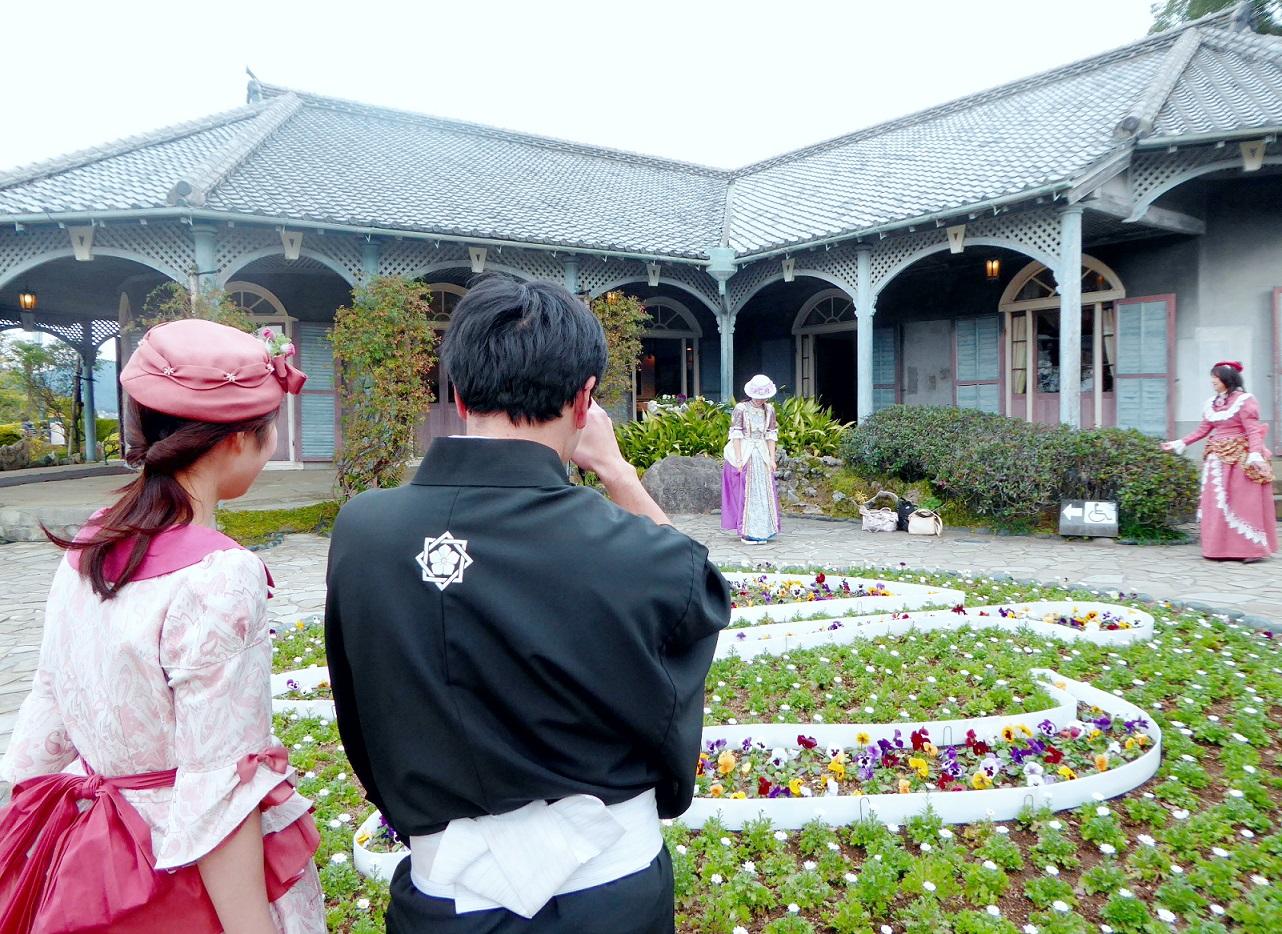 Kostümspiel in der Glover Residenz für Touristen