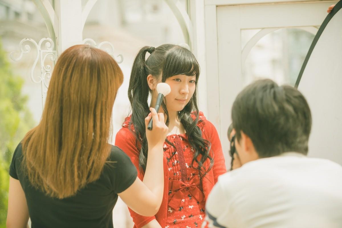 Japanisches Idol beim Foto-Shooting