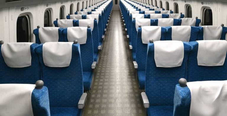 Sitzreihen im Shinkansen