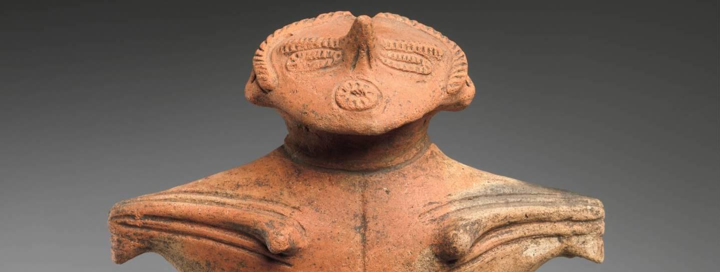 An Taille abgebrochene Tonfigur aus der Späten Jōmon-Zeit