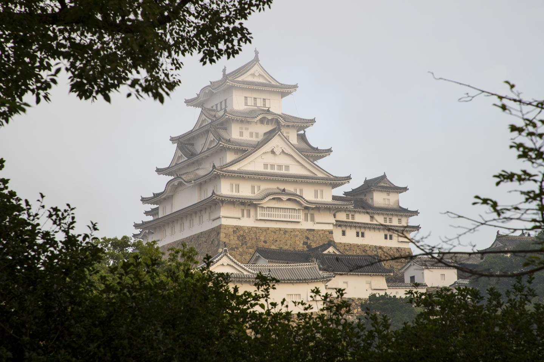 Burg Himeji im Morgennebel