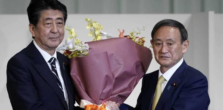 Abe Shinzô und Suga Yoshihide