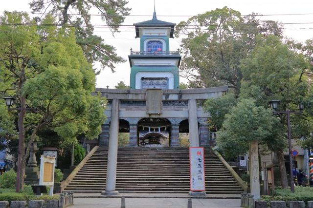 Eingang des Oyama-Schrein