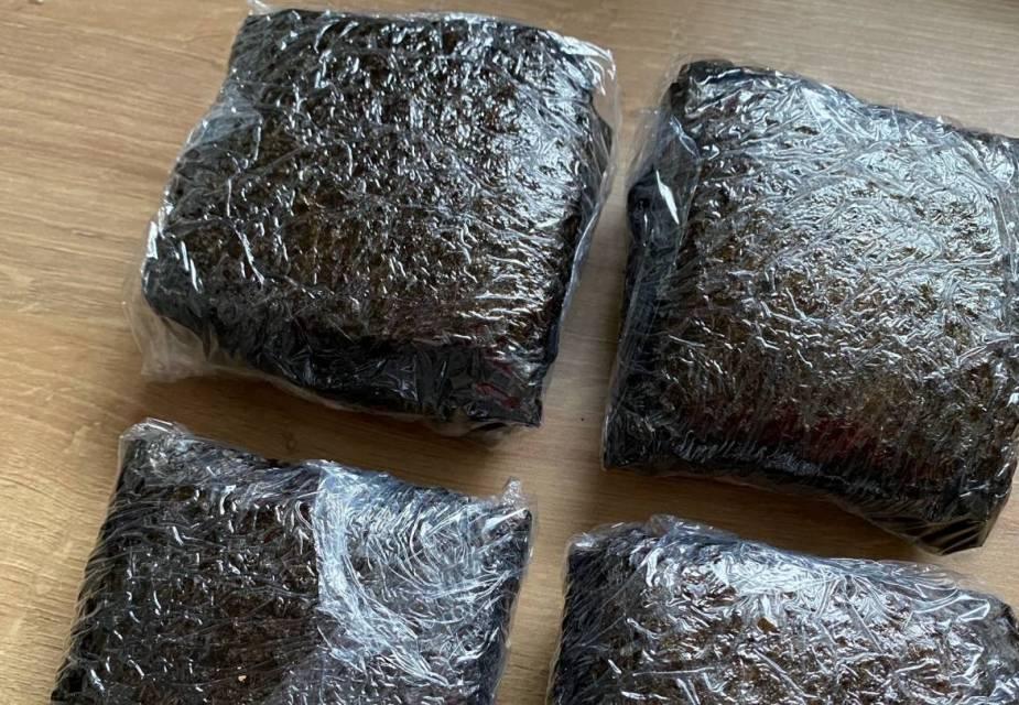 Reis-Sandwiches (Onigirazu)