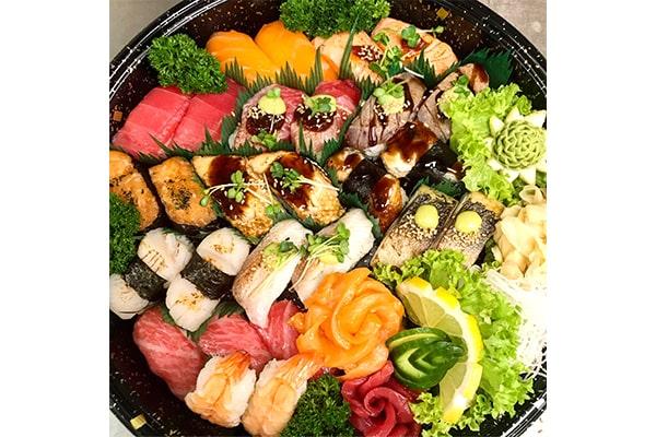 Deluxe Sushi-Partyteller für Zwei