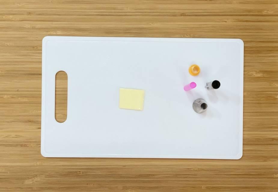 Käse und Ausstechformen für die Bento-Box